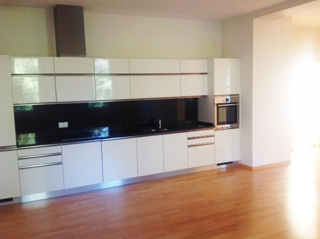Appartamento 4 locali in Vendita a Maroggia - Foto 3